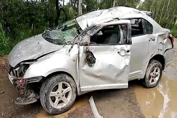 car bumped into under construction bridge one died three injured