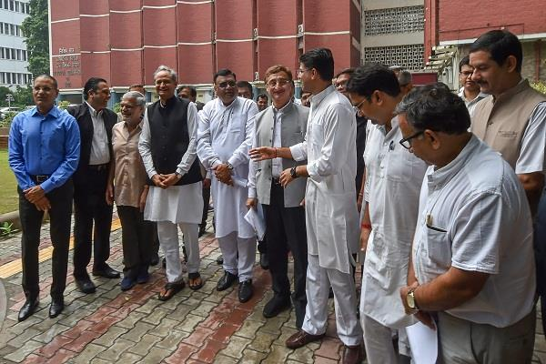congress reaches ec for disrupting voter list in rajasthan