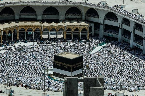 qatar s citizens are accused of not joining haj
