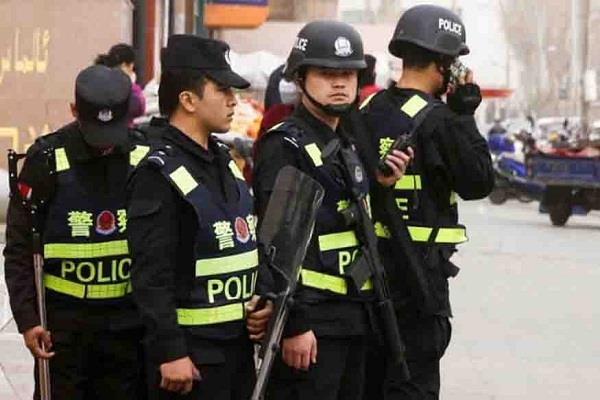 beijing unknown car rider attacked with knife 9 people died
