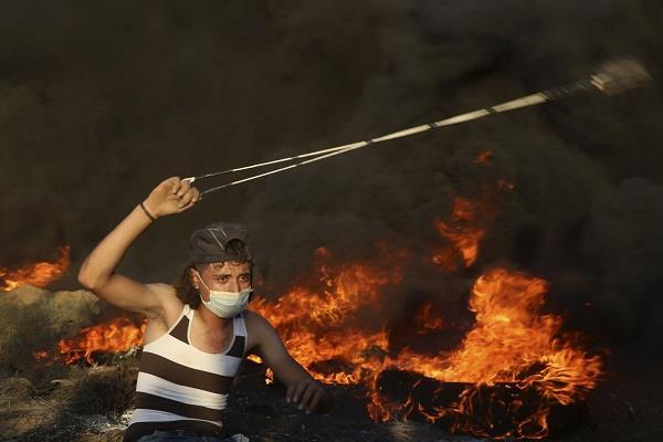 3 palestinian civilians die in israeli clashes