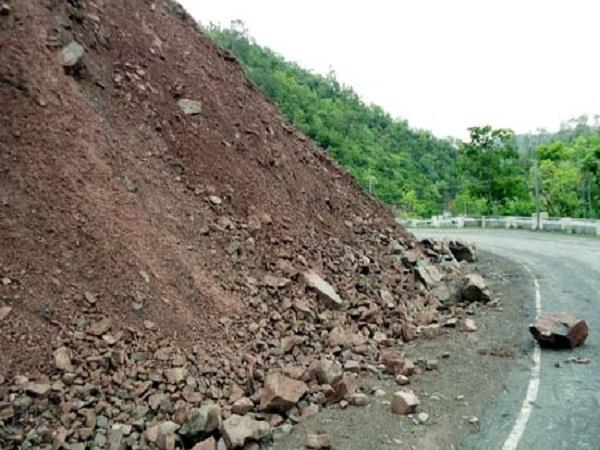 n h inviting road accidents dropped debris