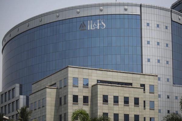 lic oryx sbi to buy rights worth rs 4 500 crore