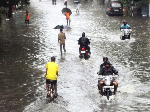 rain erupted in uttar pradesh 6 more people in 24 hours lost