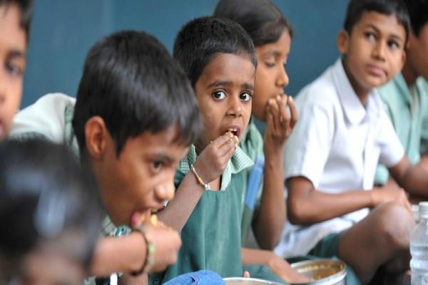 modi mid day meal gift for children