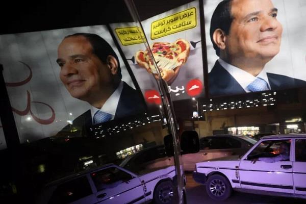 egypt s president approves law to crack scandal on social media