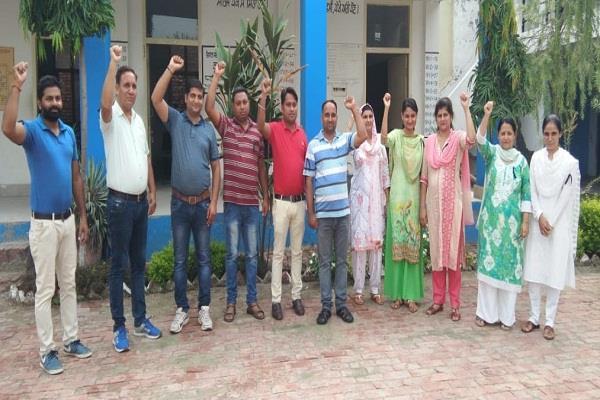 ssa  ramasya teacher is a victim of mental and financial dilemma