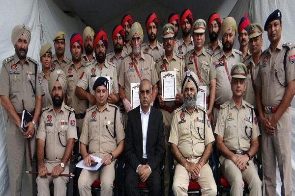 cooperation public crime  drug smugglers d g p  punjab news