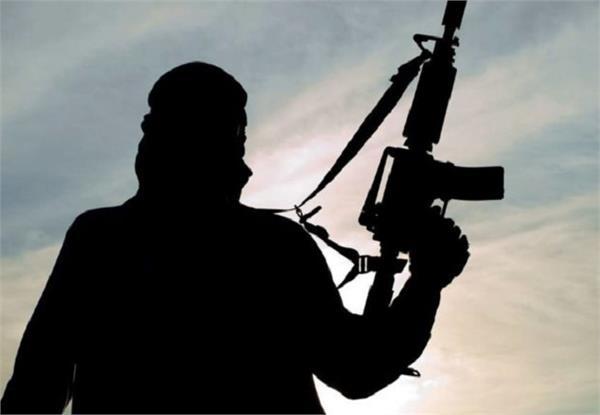 terrorist kamruzzaman arrested for giving smart phone and sim card