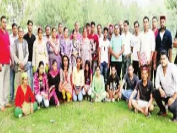 15 people will not let kullu bhuntar dump dust in piri