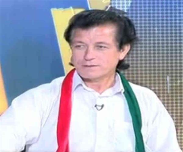 meet pakistan prime minister imran khan look alike painter