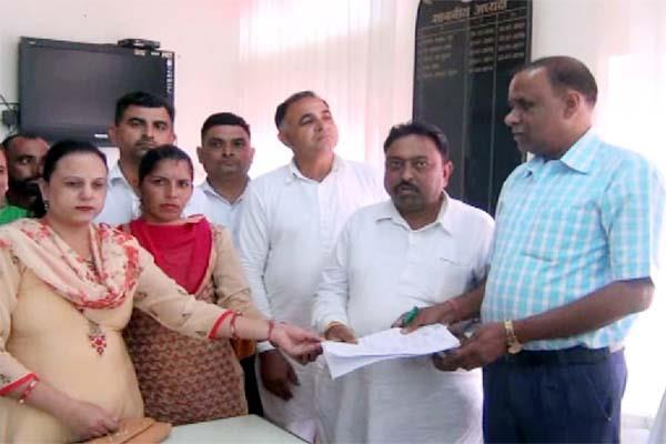 panchayat committee members open front against chairman vice chairman