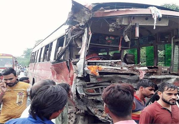 12 dead in aligarh accident dm orders inquiry ordered