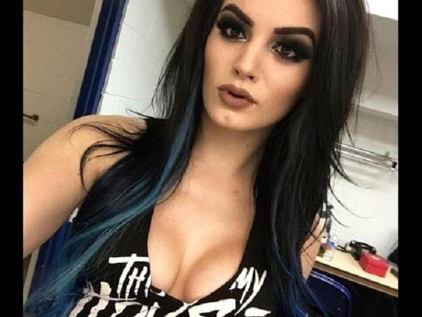 paige reveals how wwe fans helped her overcome sex tape ordeal