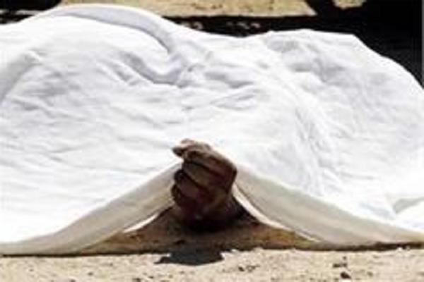 two youths found dead in the bus stand