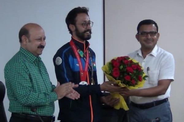 abhishek verma won bronze medal in asian games welcome program