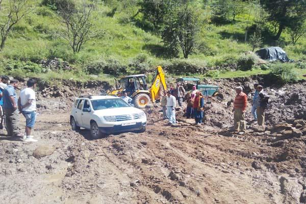 kullu nala flooding traffic traps
