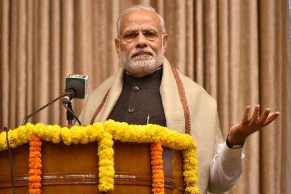 pm modi says need to simplify hindi