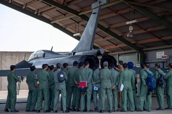 french air force presented the exhibition at rafael