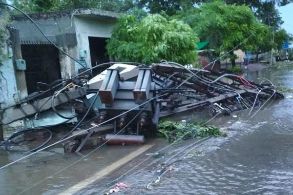 storms in hoshiarpur electricity gulls many parts city