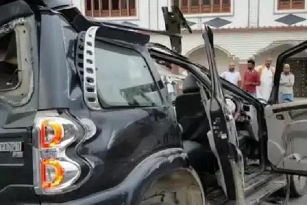 tire bursts out of gear 2 killed