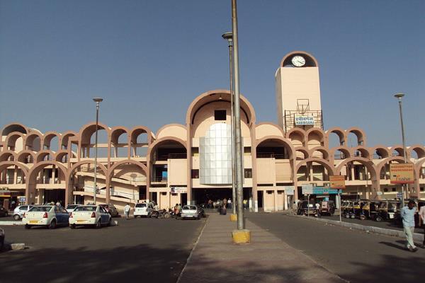 habibganj to become world s first world class railway station