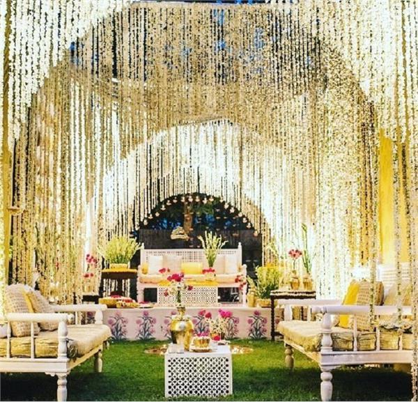 Wedding Decor: मोगरा फूलों से डैकोरेशन के 8 एलिजेंट तरीके