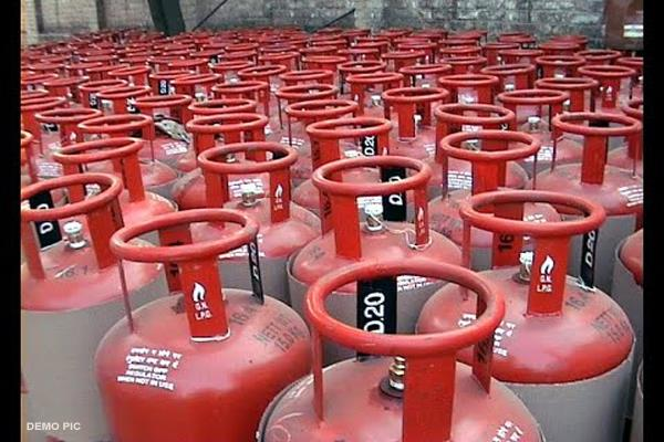 35 gas cylinders seized during raids