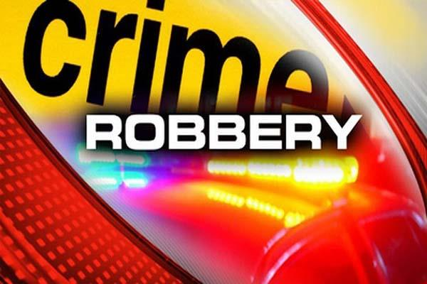 robbery from tip of kinfe robber absconding during snatched golen chand cash