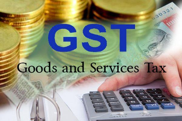 more than four lakh businessmen connected to gst in mp