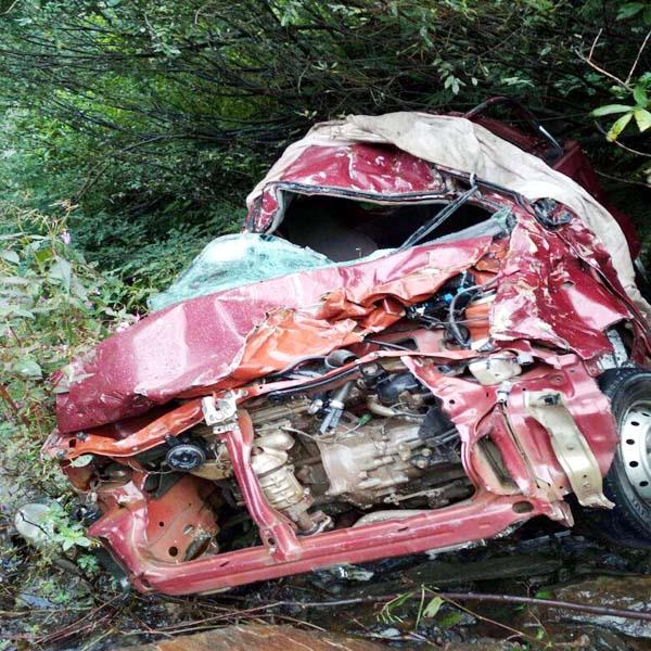 painful incident alto car fall into ditch death of 1 2 injured