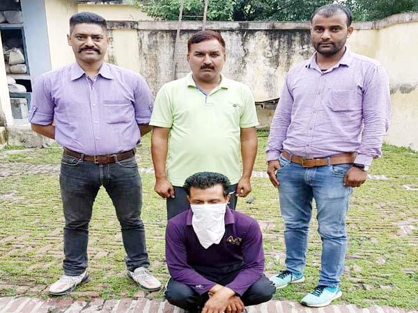 po cell caught proclaimed offender from bhawanagar