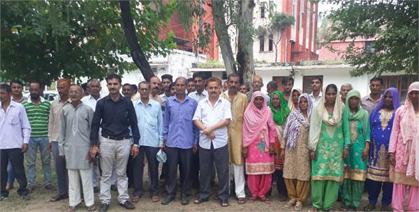 people demand drinking water in kathua