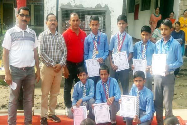 4 boxer of kutheda school will show skill in state level competition
