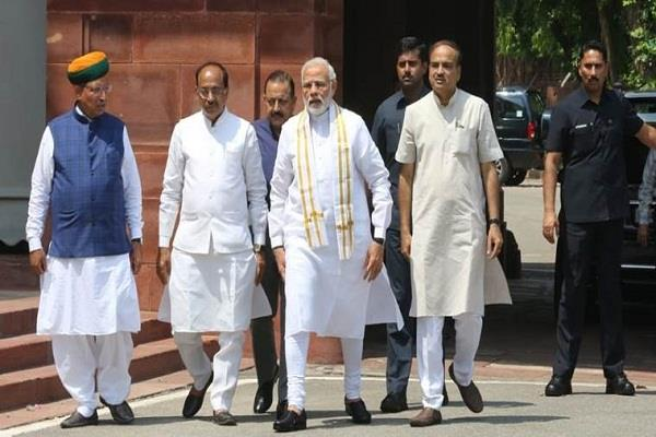 pm modi told ministers to detail the rafael deal