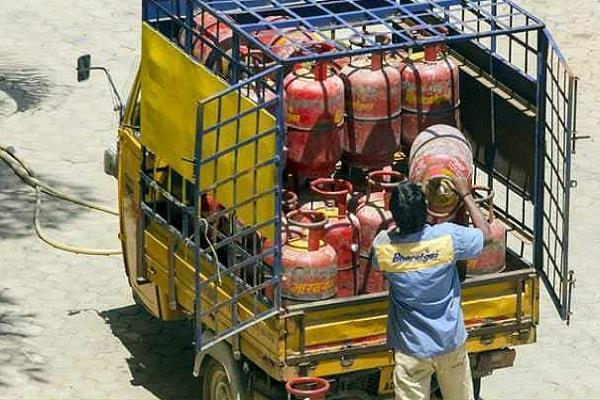 gas cylinder without subsidy rs 59 subsidy of rs 2 89