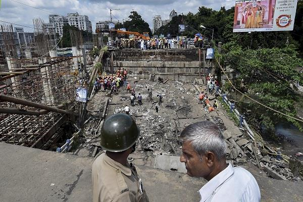 metro construction work closed near majerhat bridge