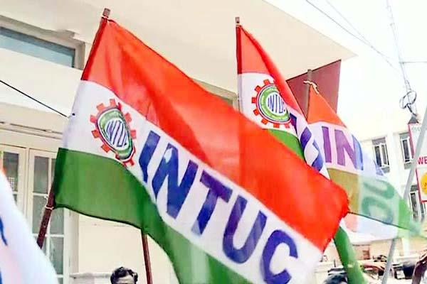 intuc warns government if increase the bus fare then movement will be on roads