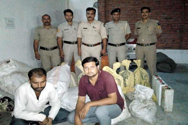 2 quintals cable wires and batteries recovered from tempo 2 arrested