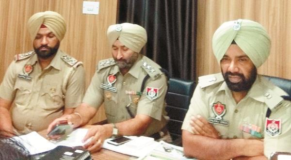 smugglers arrest with 35 kg doda sawdust porcelain