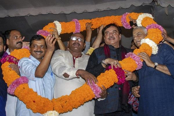 former bjp leader in kejriwal s rally targeted modi