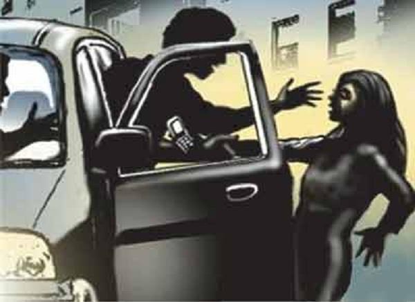 kidnapper took young woman in innova car