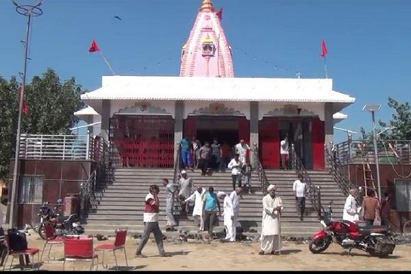 dispute over the idol of chittane wali mata