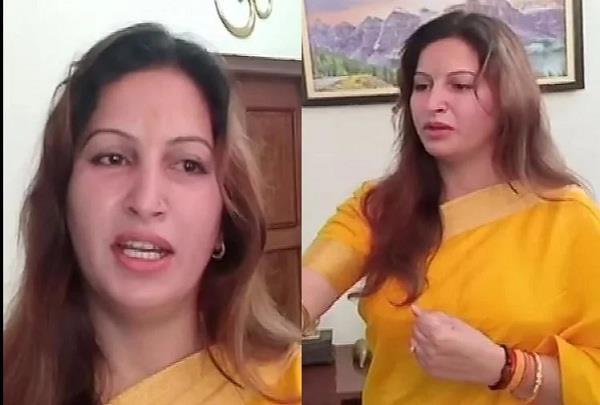 sonali phogat said  pakistani  to those who did not say  bharat mata ki jai