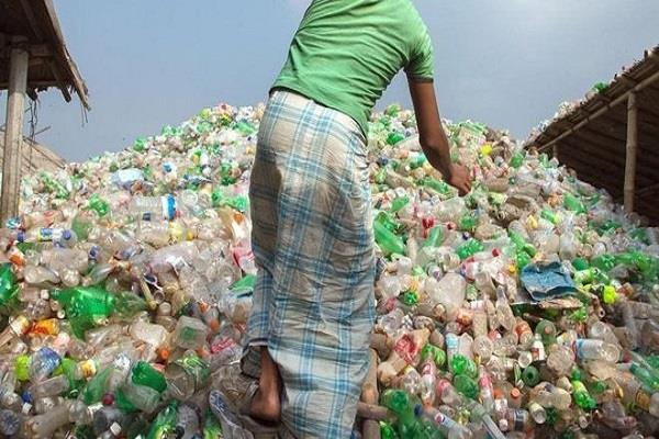production of plastic bottles bags may be banned