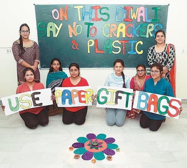 anti cracker and plastic campaign organized