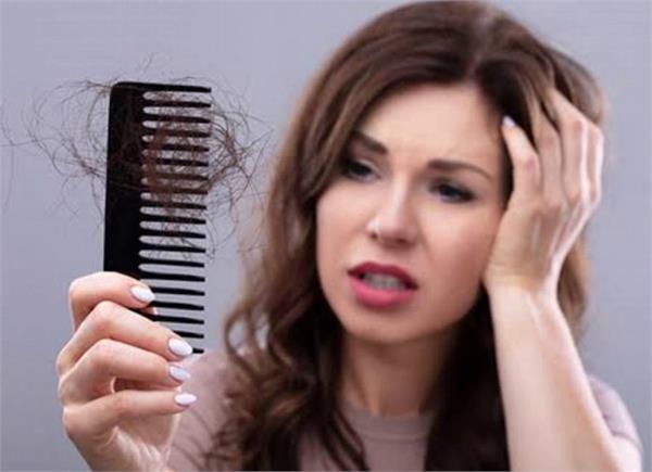 बालों का झड़ना रोकेगा दादी मां का यह नुस्खा