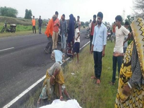 road accident in dhar