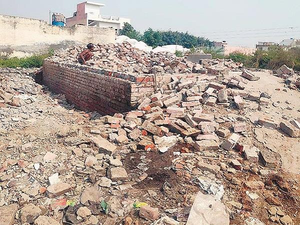 improvement trust took possession of plots of surya enclave