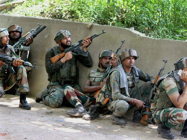 j k encounter in awantipora security forces killed a terrorist